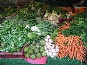 Légumes frais... tellement délicieux et excellents pour la santé !
