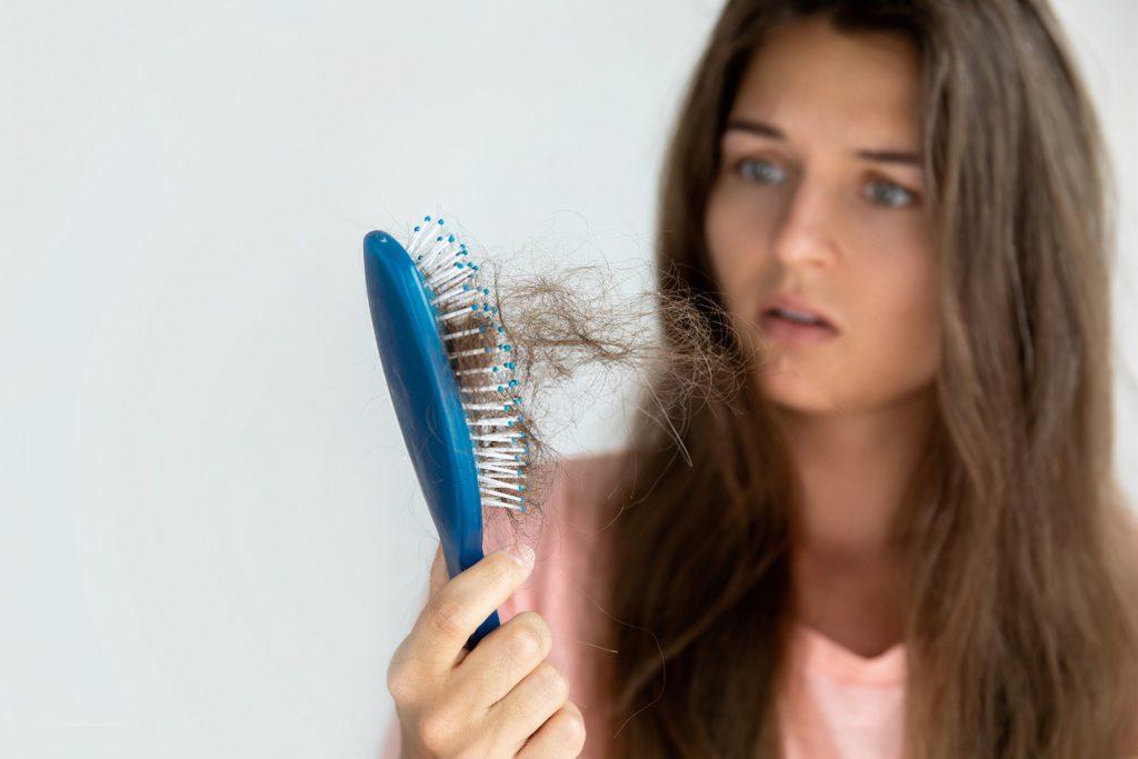 shedding perte de cheveux